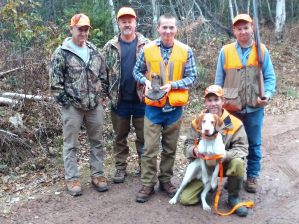 clam-lake-bird-hunts-grouse